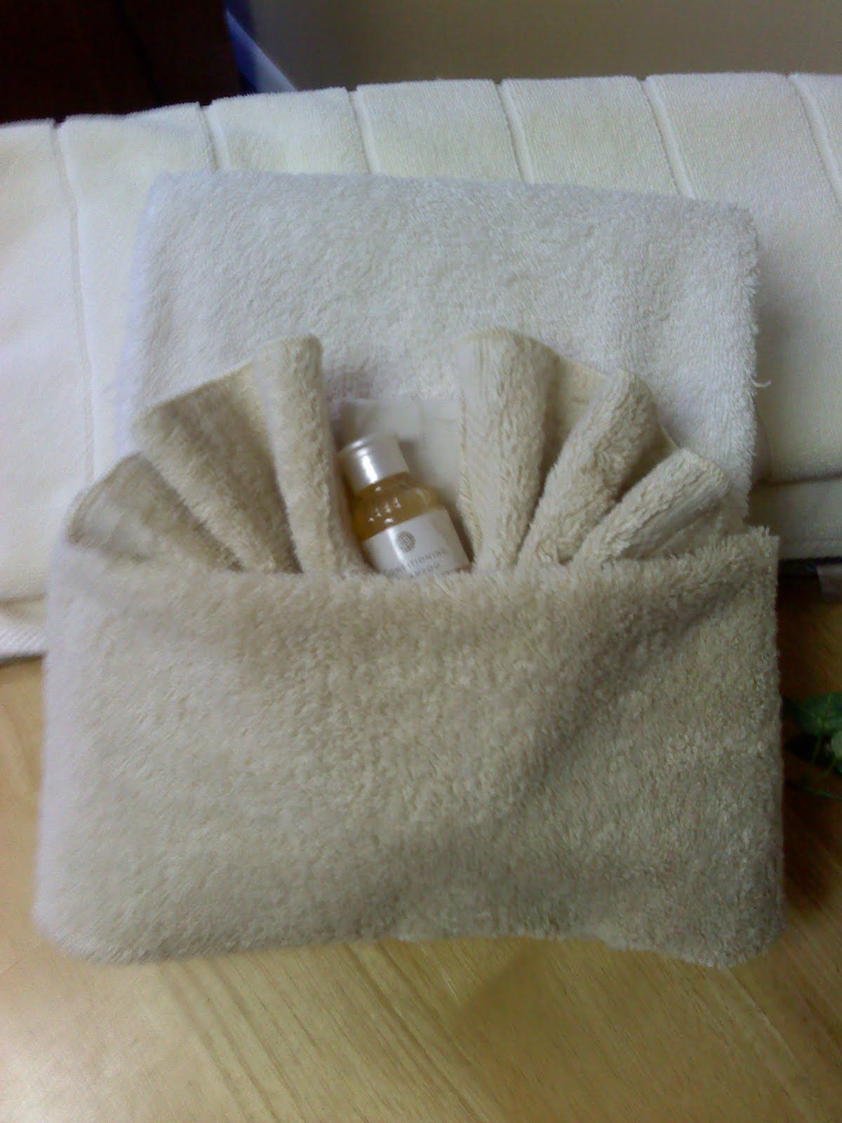 Ways To Fold Bathroom Towels - Fold towels
