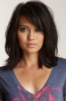 Pin Von Tracey Lozeau Auf Hair Haarschnitt Mittellange Haare Schulterlange Haare Frauen Schulterlange Haarschnitte