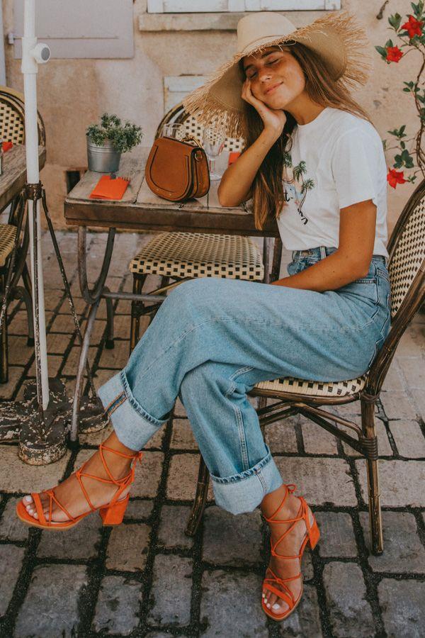 reprodução pinterest - sandália aberta, calça jeans e blazer - sandália aberta - verão - street style