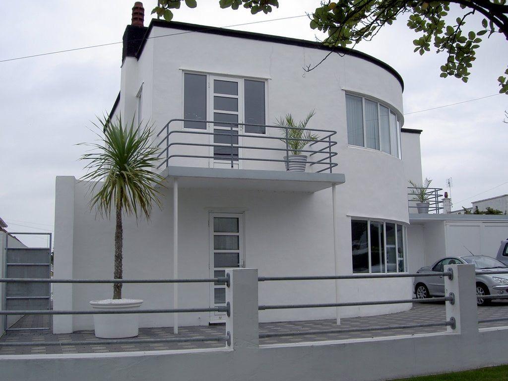 Art Deco House Paint Colors Art Deco Buildings Art Deco Home Art Deco Architecture