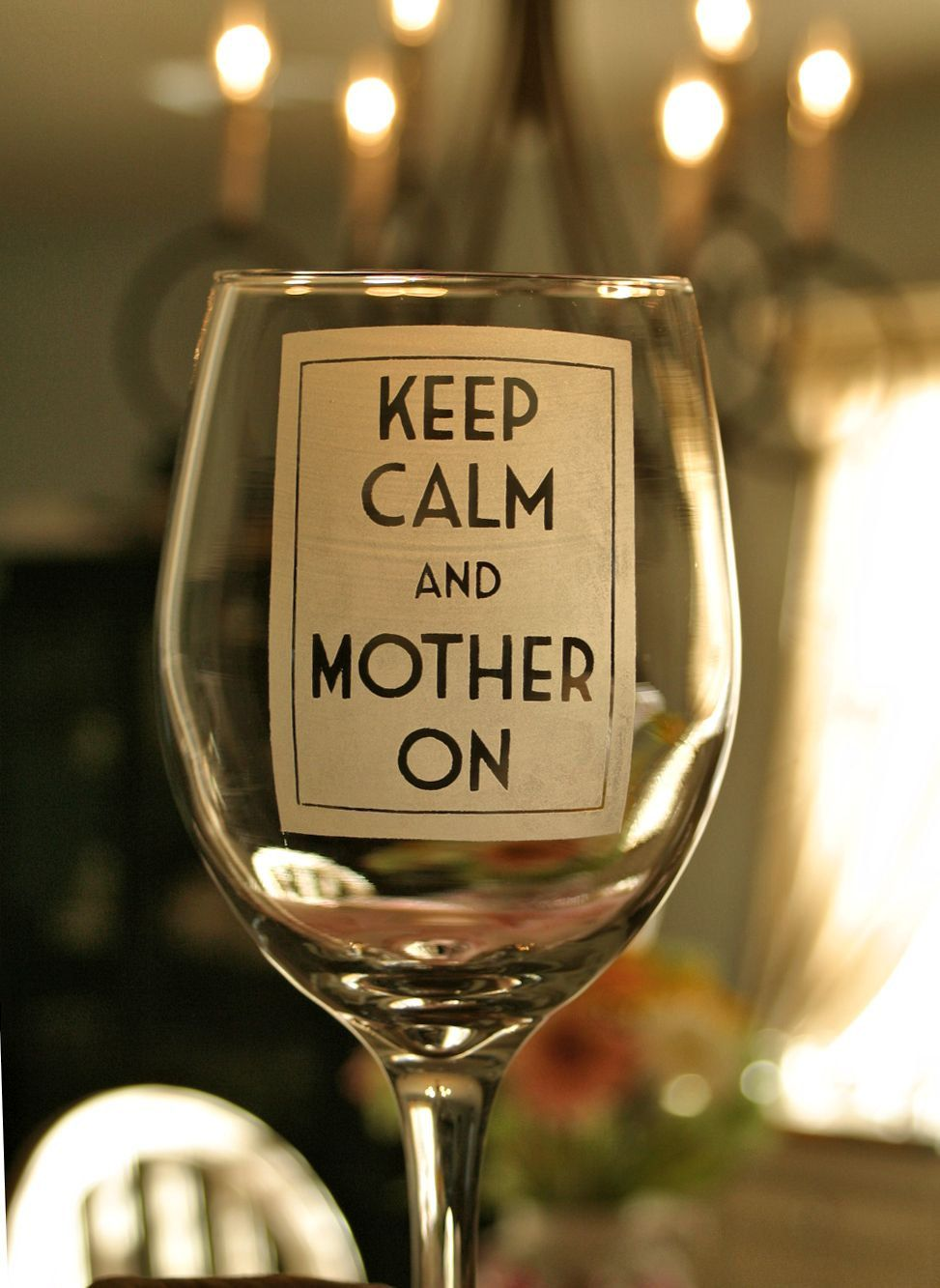 Mother/'s Day Gift// Present Mothers Day Mom Engraved Wine Glass Mother