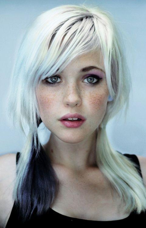 Hermosas pequitas Who did your hair? White Hair, Devon