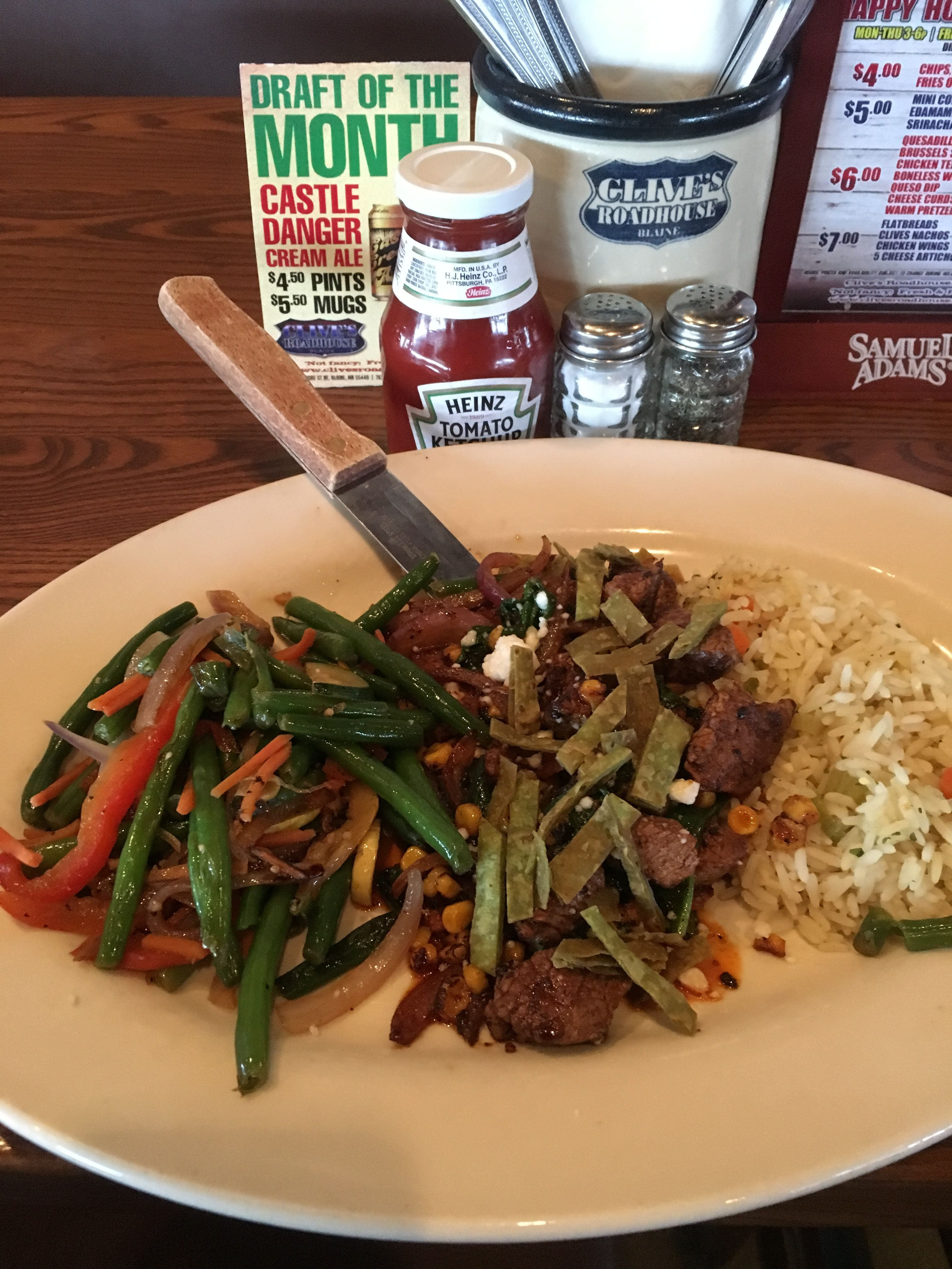 Tonight S Dinner Special Nashville Steak Platter Soup Brunswick Stew Food Clivesroadhouse Foo Goodfood Dining Restaurants