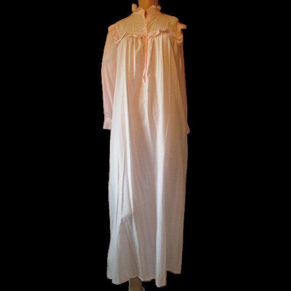 SM Vintage Peachy Pink Long-Sleeve Nightgown