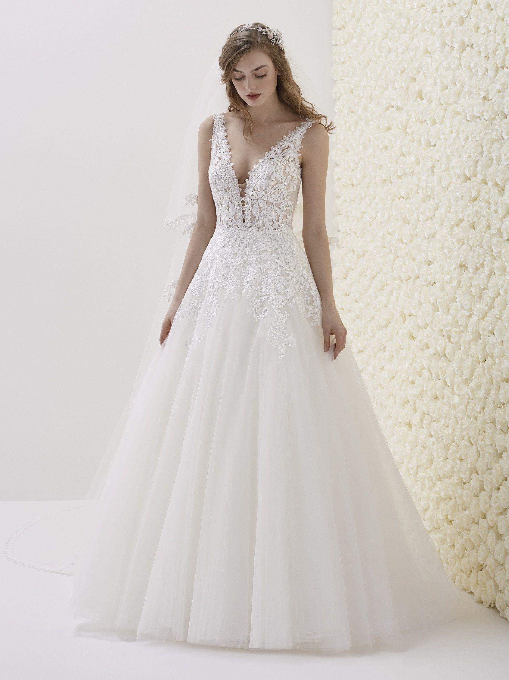 Wunderschönes Brautkleid im Prinzessin-Stil aus der La Sposa