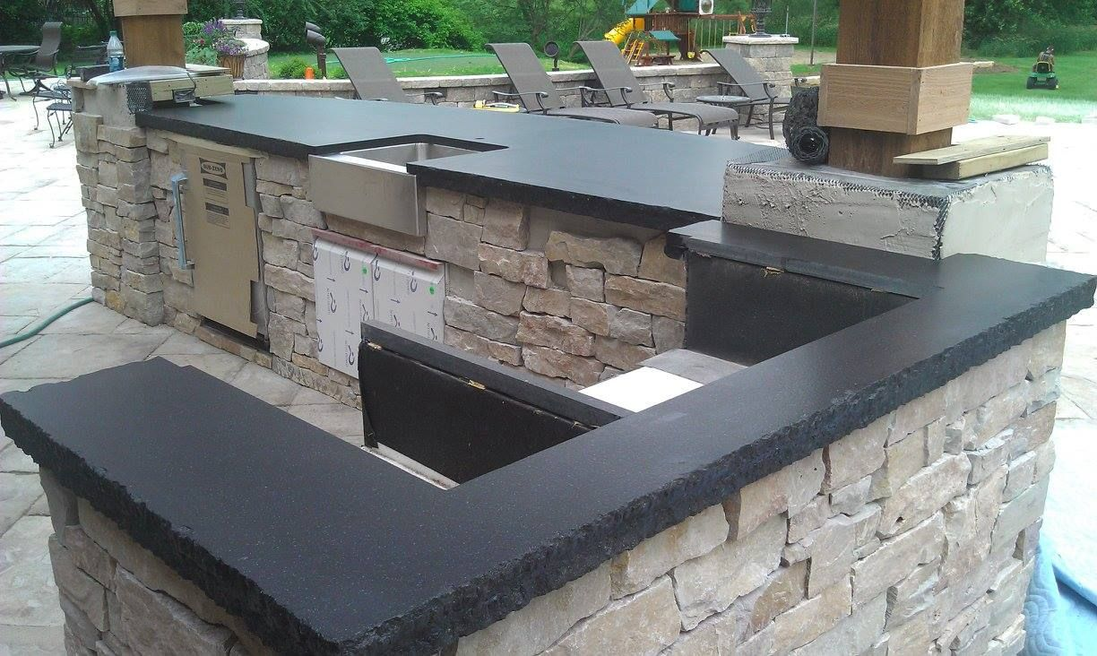 Outdoor Kitchen Install Using Absolute Black Granite Outdoor Kitchen Grill Stone Natural Outdoo Kitchen Installation Absolute Black Granite House Design
