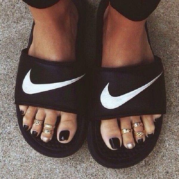 Viscoso Comprimir En Vivo  Moda: Chinelo Slide | Chinelo slide feminino, Slide feminino, Estilo de  sapatos