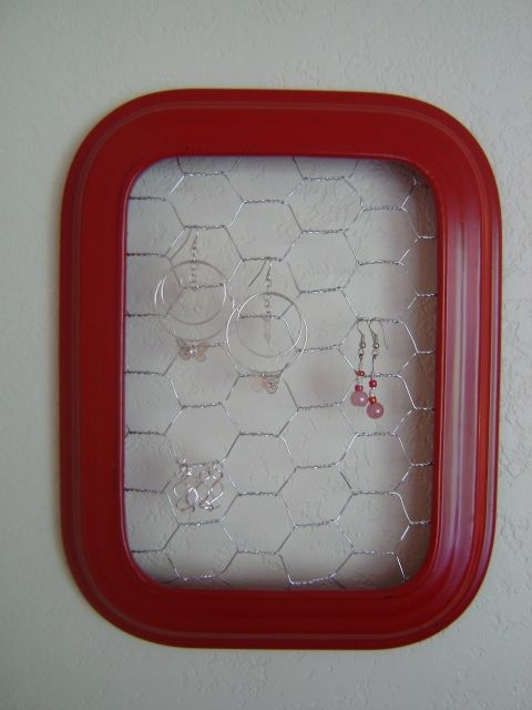 earring holder...picture frame and chicken wire...use staple gun to ...