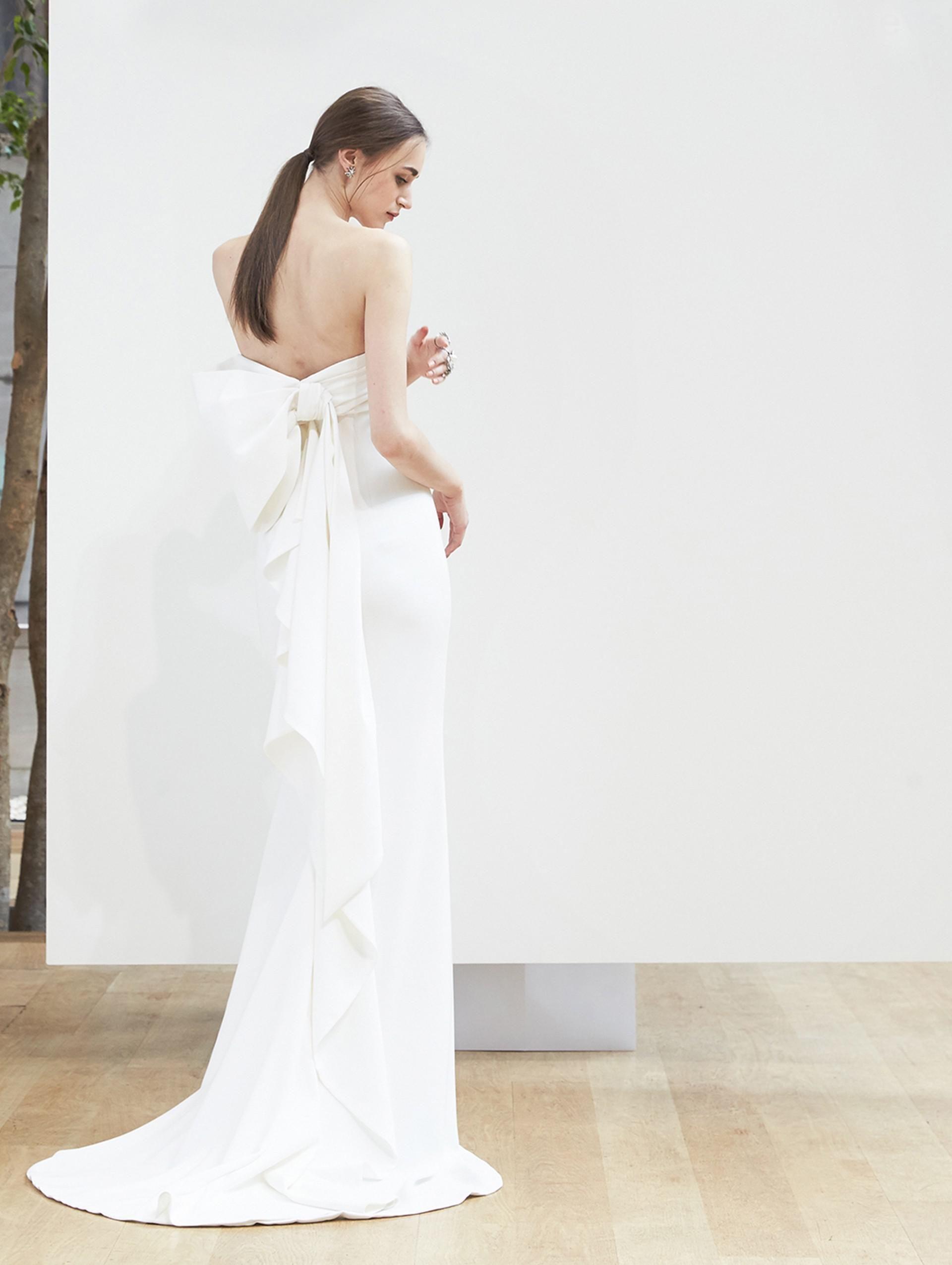 Lyst Oscar De La A Silk Georgette Logan Gown In White