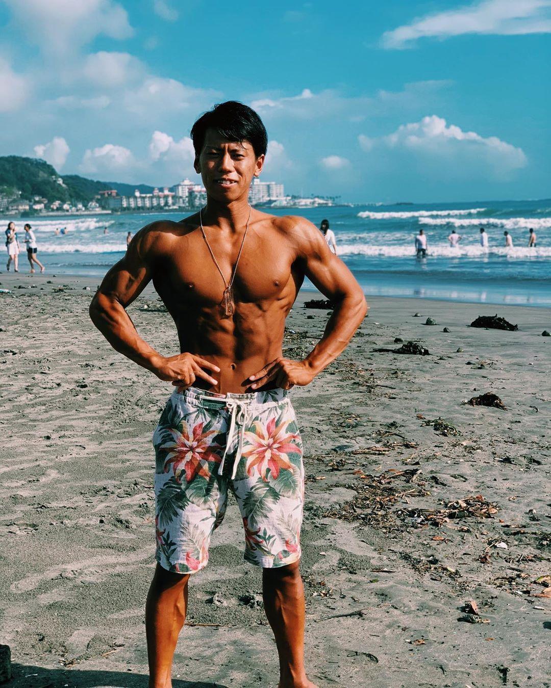 夏が恋しい😷 #fitness #トレーニング #筋トレ #広背筋 #肩 #training #workout #muscle #筋トレ好きと繋が...