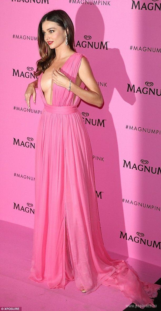 Pin de Leobardo Miranda en Miranda Kerr   Pinterest   Vestido rosado ...
