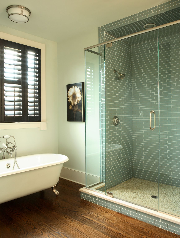 Custom home master bathroom by JR McDowell Homes in Glenwood Park ...