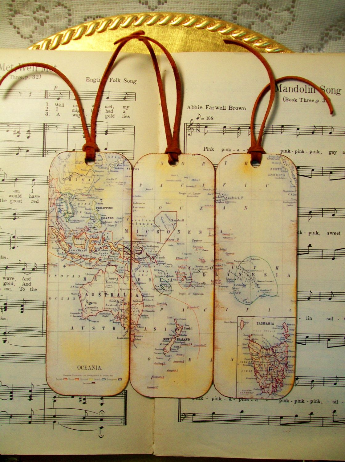 Oceania Map Bookmarks Set of 3 Old