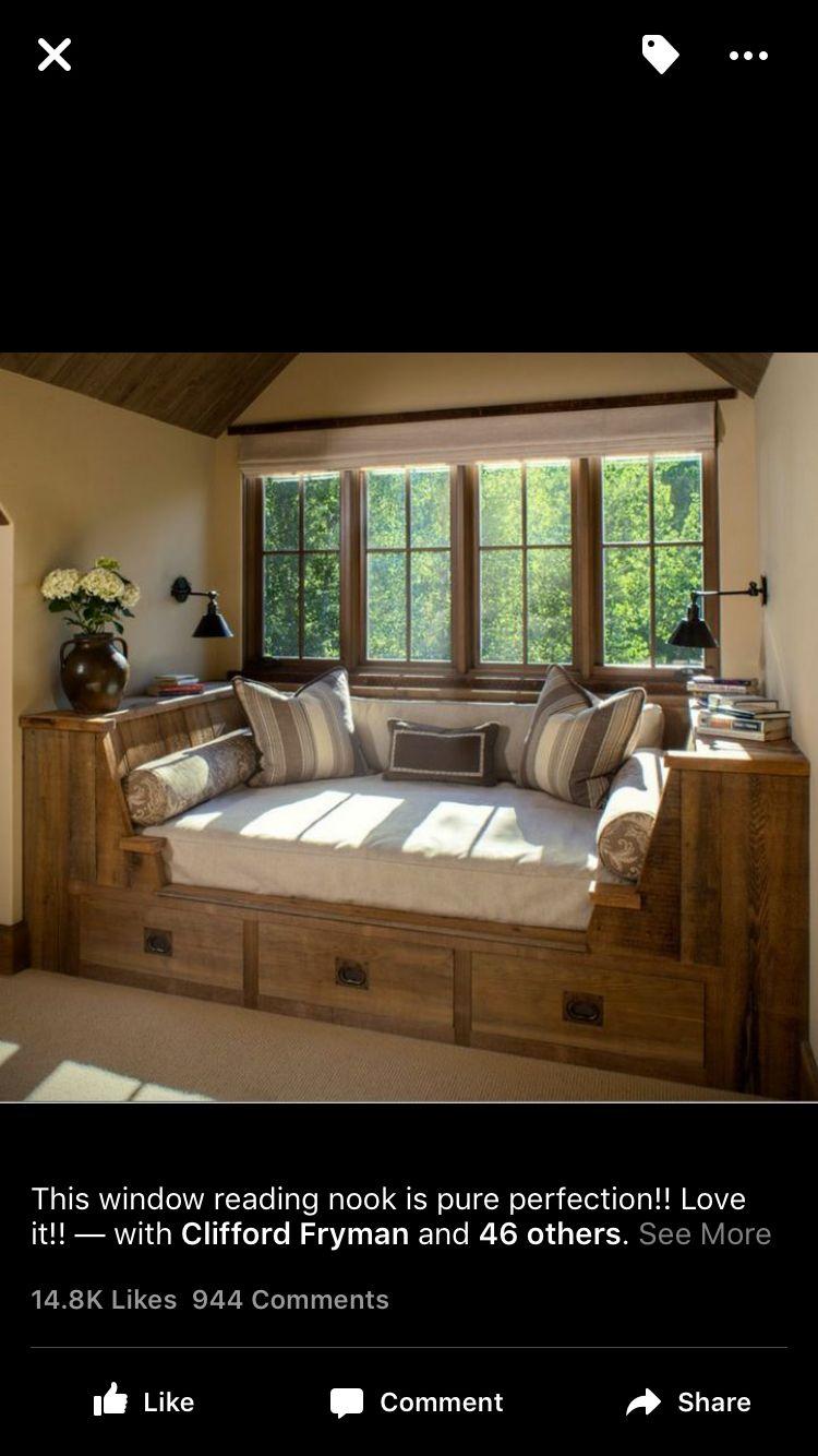 Window nook, window seat, living room