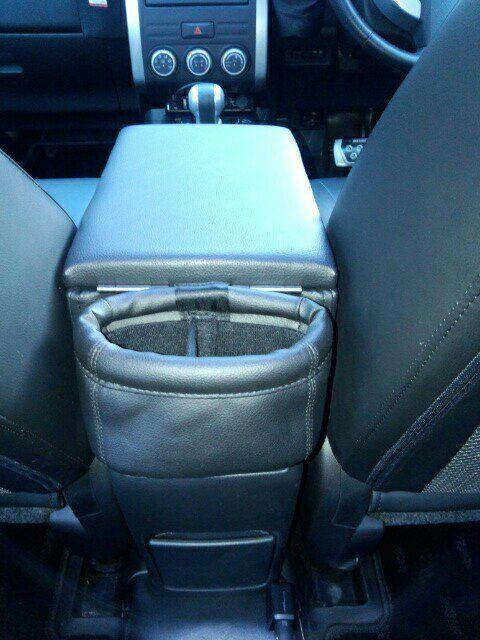 Wagon S エクストレイル専用アームレスト Crucruのパーツレビュー エクストレイル アーム 日産 エクストレイル