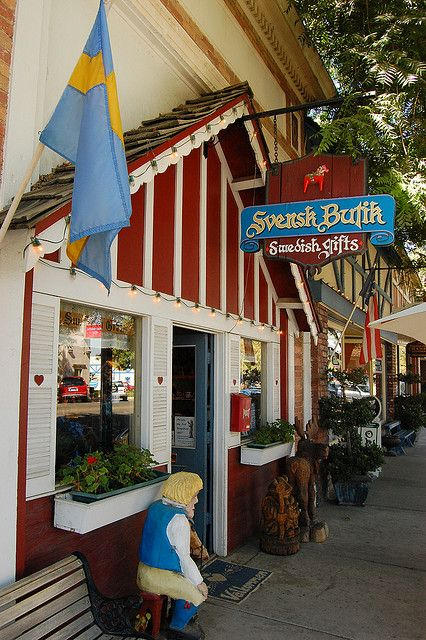 Little Sweden Big Coffeepot The Scandinavian Side Of Kingsburg Kingsburg California Towns Weekend Road Trips