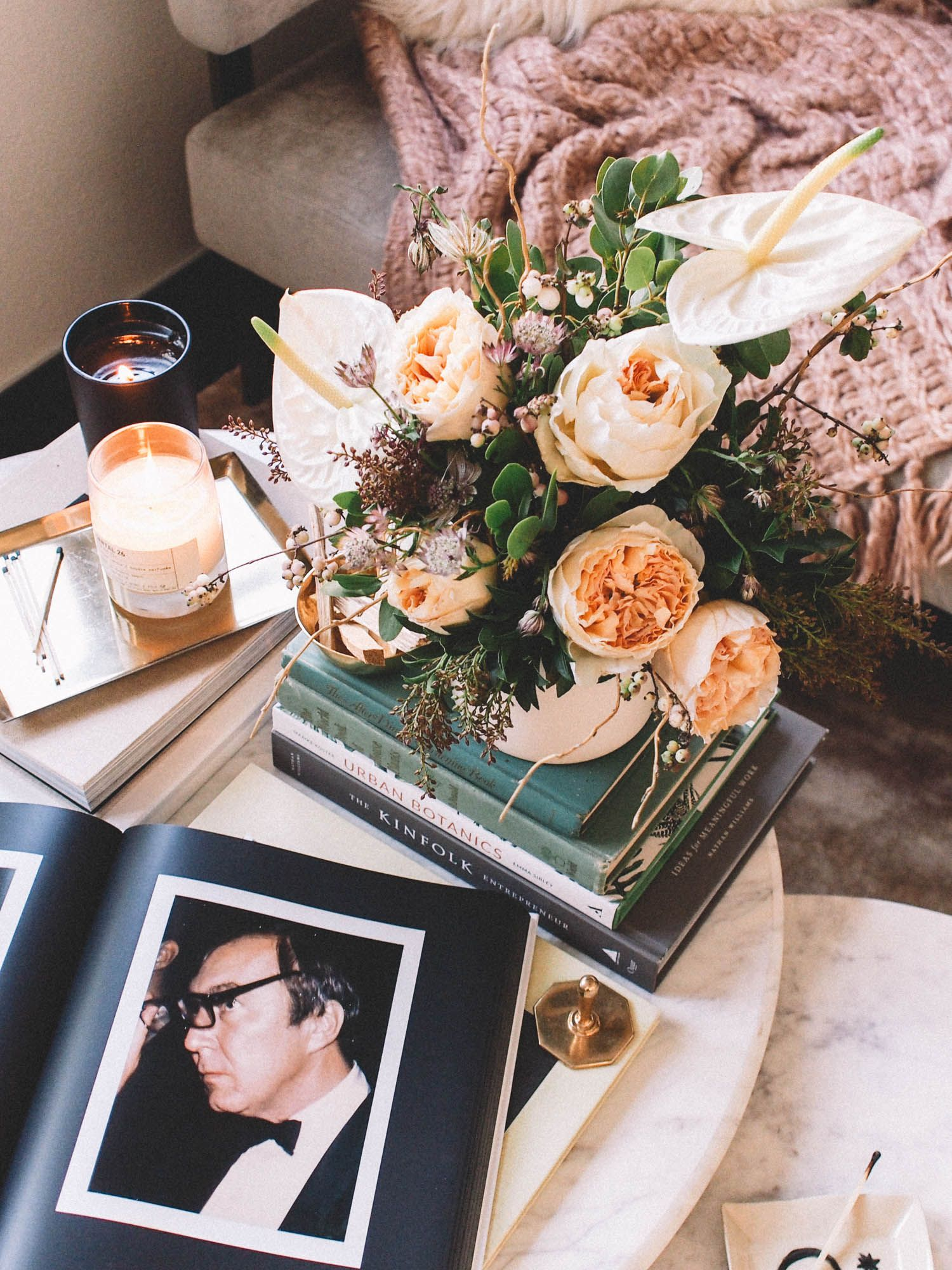 How To Style Your Coffee Table with Books | Best coffee ...