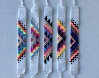 seed bead friendship bracelet southwestern gem pattern