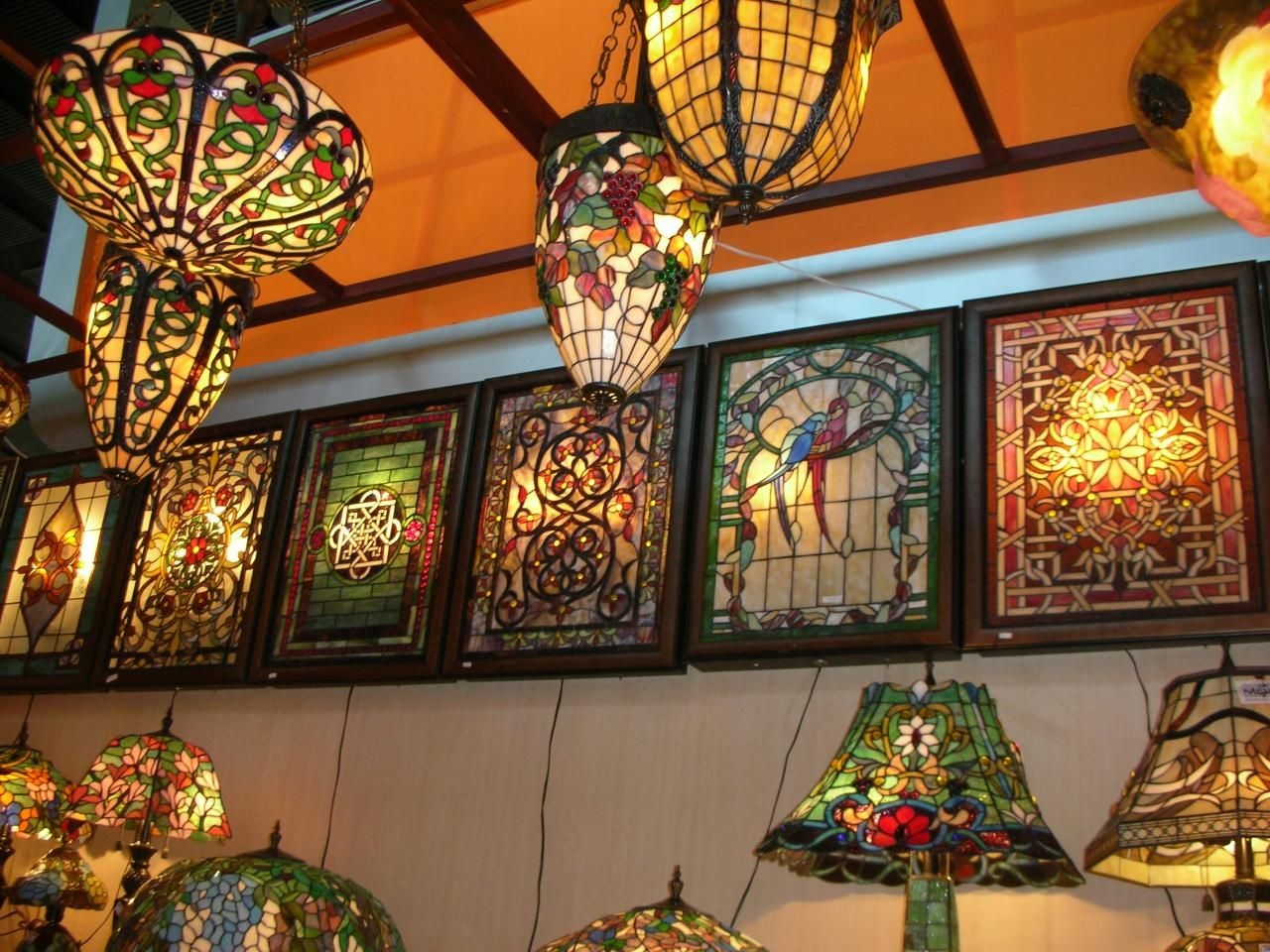 17 Best images about Tiffany Lamps – Tiffany Chandelier Lighting Fixtures