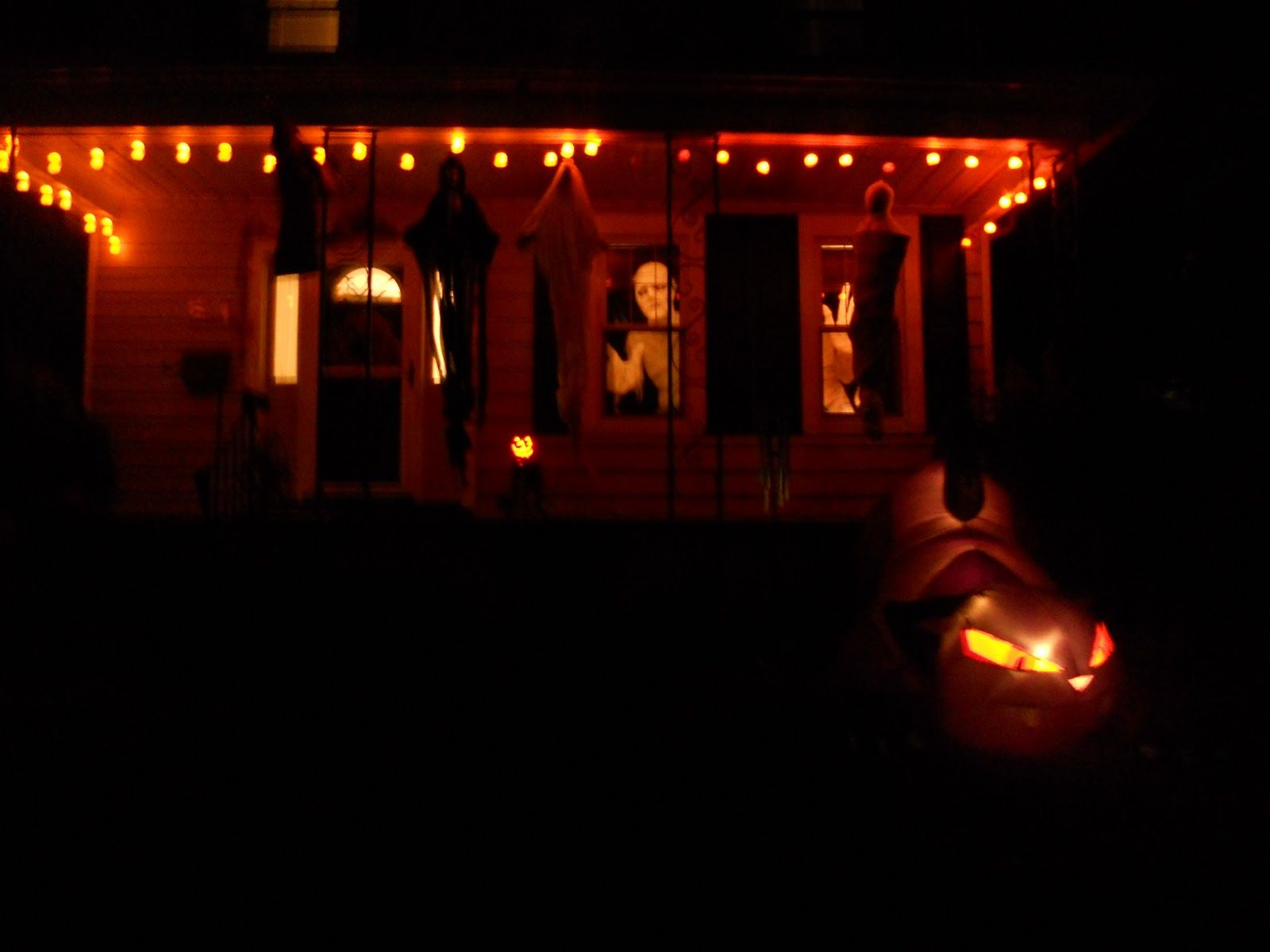 Image Result For Light Up Eyes Halloween Decoration Window Halloween Window Decorations Fun Halloween Decor Halloween Outdoor Decorations