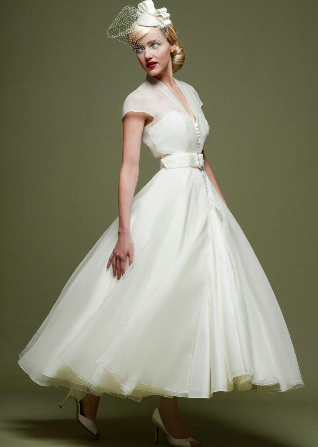 1950s vintage Tea length wedding dress vintage, Short