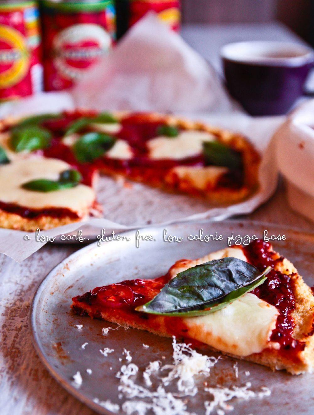 Low carb gluten free cauliflower base pizza raw food