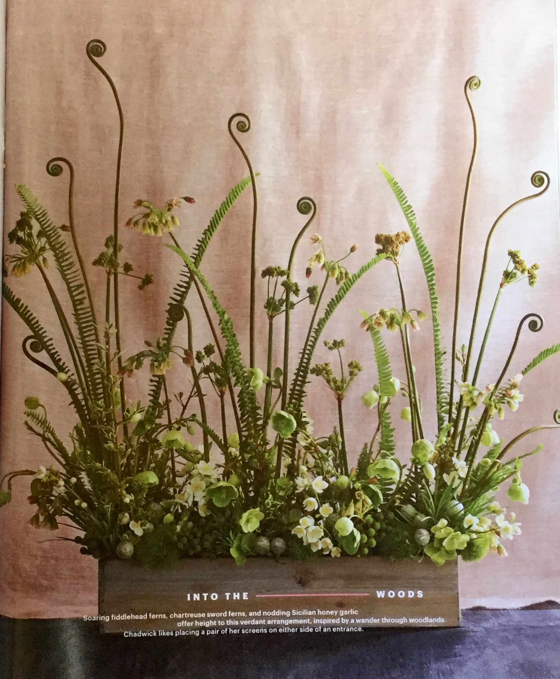Pin by Michie Simpson on Table Setting | Pinterest | Altar flowers ...