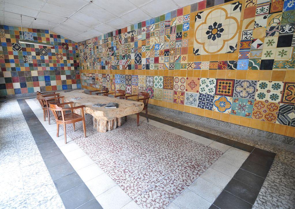 Fußboden Beton Yogyakarta ~ Tilemaking at kunci tile factory 95 ks tubun jogjakarta