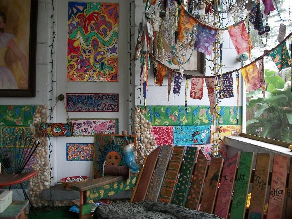 Bedroom Living Room Hippie Decor Ideas Bohemian Style With Heating Furnace And Many Chair