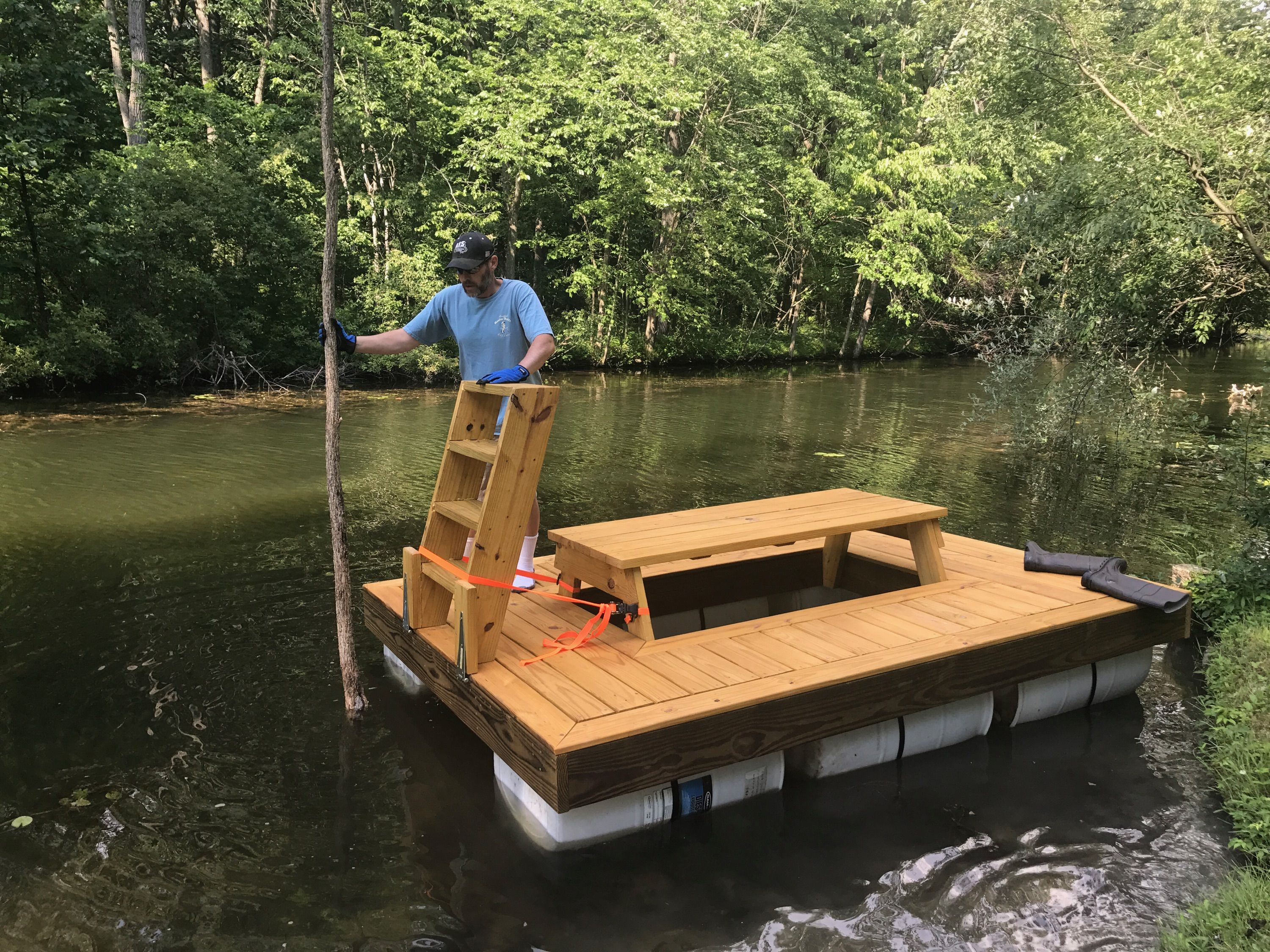 Bar E Casa Flutuante In 2019 Floating Picnic Table Lake
