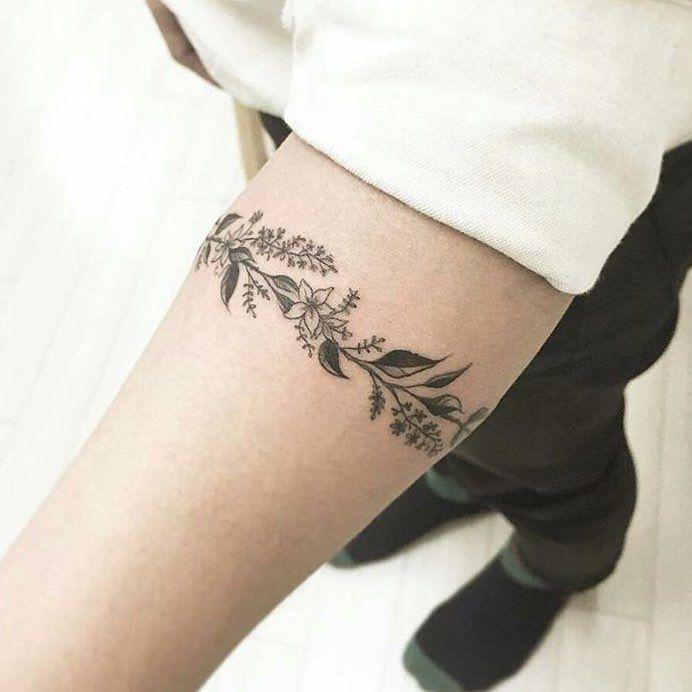 Floral armband tat by: @tattooist_banul! - Follow my fellow tattoo pages: @smalltattoos || @inkspiringtattoos