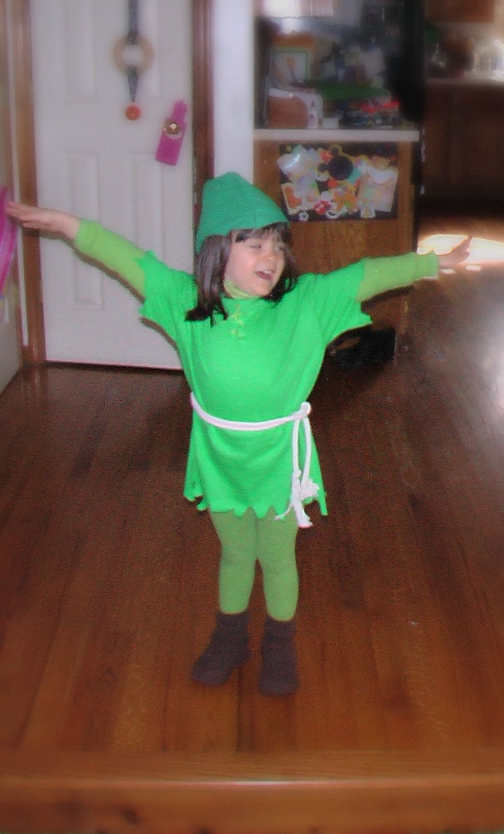 Encourage your child to create their own costume this year -- 7 Super Easy DIY Ideas from Kids!  sc 1 st  Pinterest & DIY Super-Easy Last Minute Costumes for Kids | Super easy Costumes ...