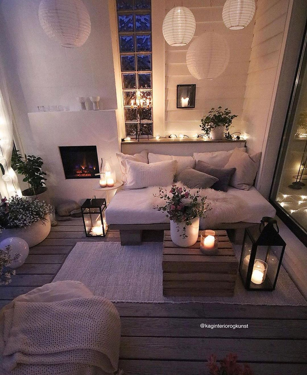 Get High Style In Home Decor On A Low Budget Home Decor Living Room Designs Retail Furniture