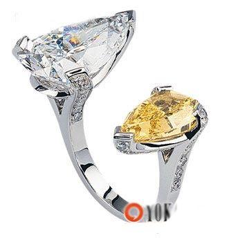 Van Cleef & Arpels Fancy Colored Diamond Ring