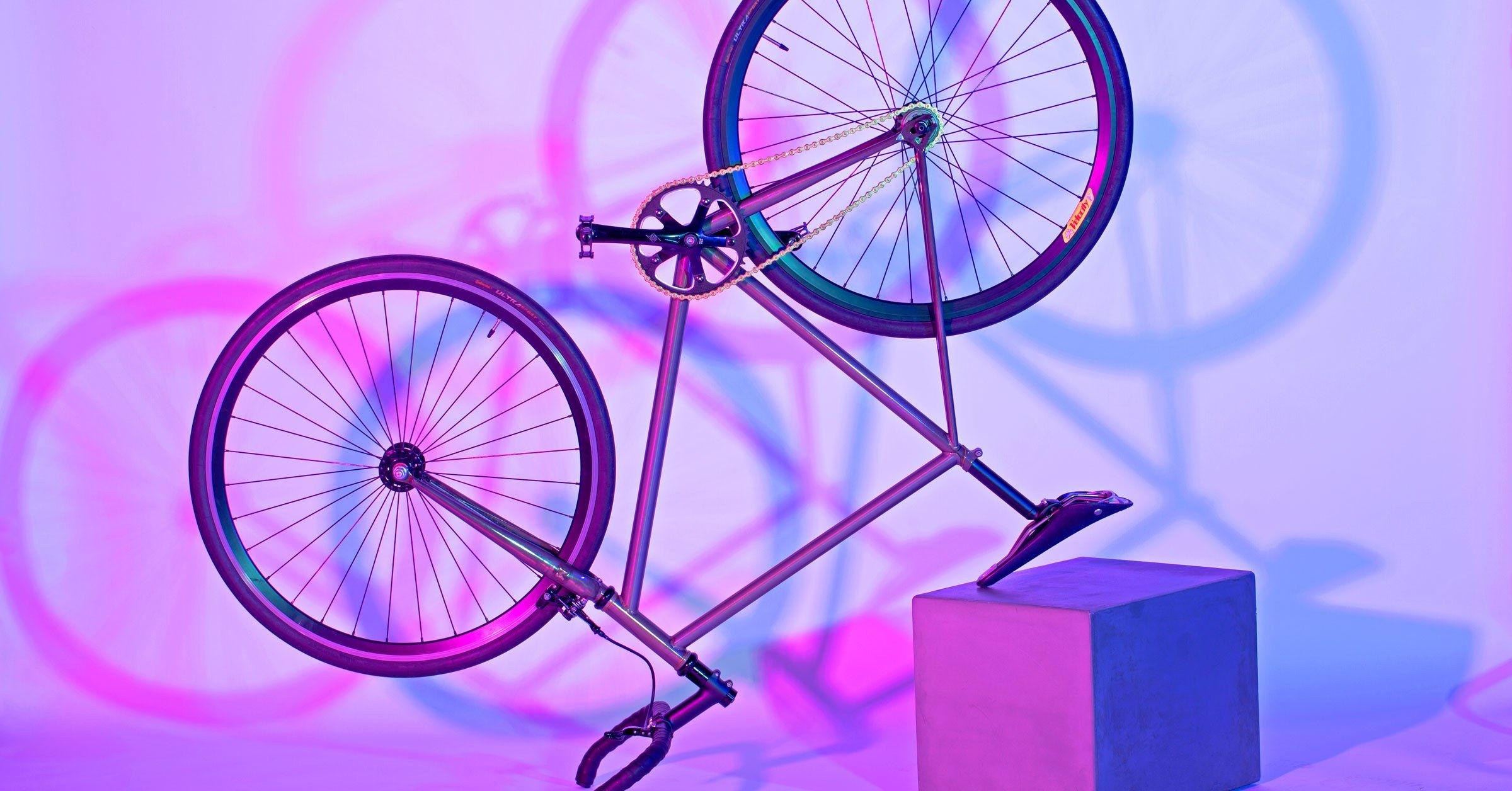 This Bike S Light Up Fork Will Never Leave You In The Dark Bike