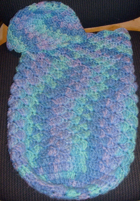 Baby Pouch and Hat - free crochet pattern   Crochet wear   Pinterest ...