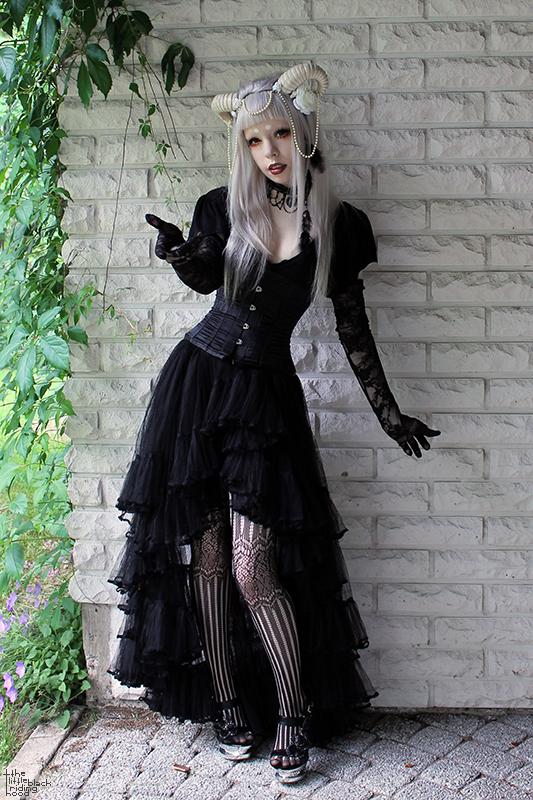 Demon Gothic Lolita, so beautiful *0*
