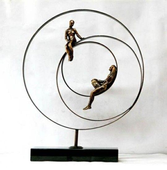 Pin De Efrain Garcia En Escultura Artegeo Esculturas De Arte Esculturas De Alambre Esculturas