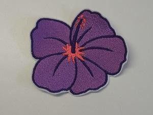 """Hibiskusblüte """" klein"""" gestickt von Bine´s bunte Welt auf DaWanda.com"""