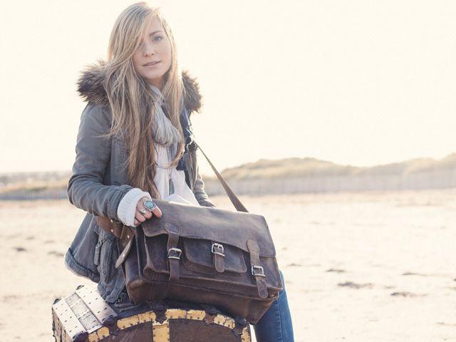 Medium Overlander Leather Satchel 16 Inch - changin bag   e2c9b7a0f4b7c