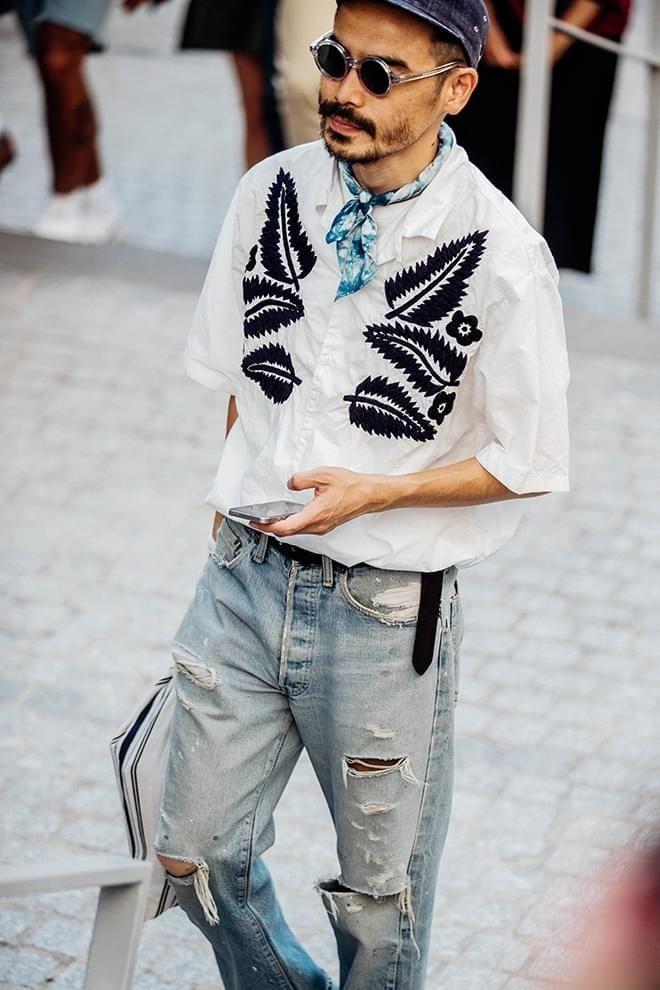 Street Style à la Fashion Week homme printemps,été 2018 à Paris