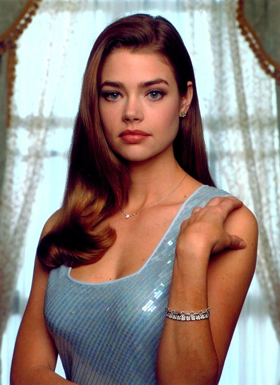 Cleavage Denise Richards naked (55 photo), Ass, Cleavage, Feet, underwear 2006