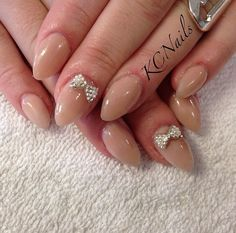 short almond acrylic nails minus the bows