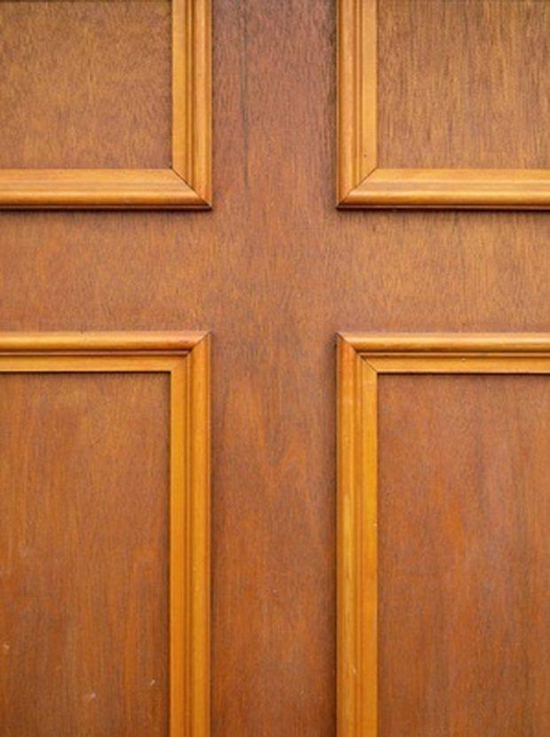 C mo usar molduras decorativas para adornar puertas de paneles lisos puertas molduras - Molduras decorativas pared ...