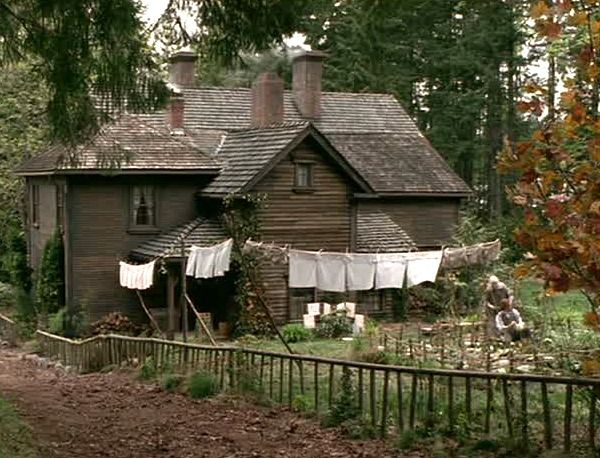 Marvelous Louisa May Alcottu0027s Orchard House In