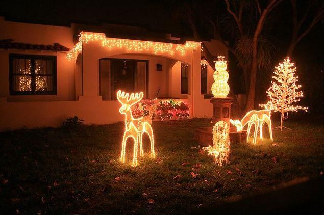 Decorating Photos Of Front Yard Landscapes Battery Operated Christmas Decorations Outdoor Inflatable Christmas Lawn Decorations 635x422 Outdoor Christmas Decora