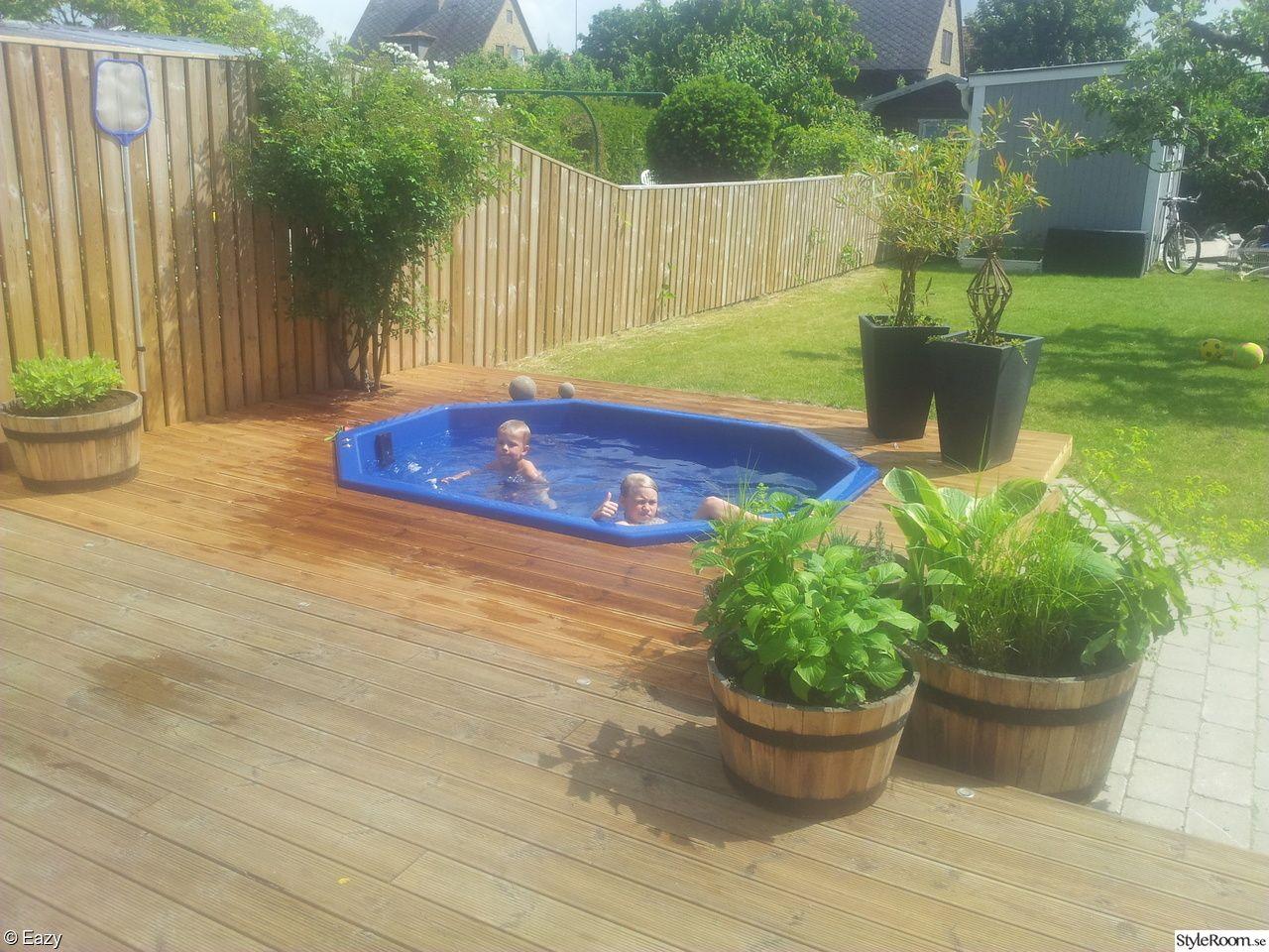 pool liten trädgård