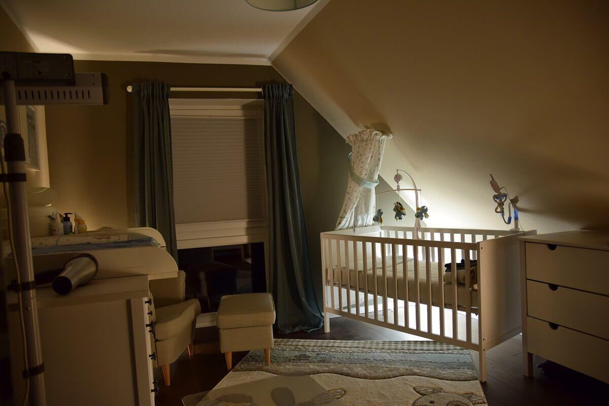 Nachtlicht Fur Das Babyzimmer Mit Philips Hue Babyzimmer Nachtlicht Baby Kinderzimmer