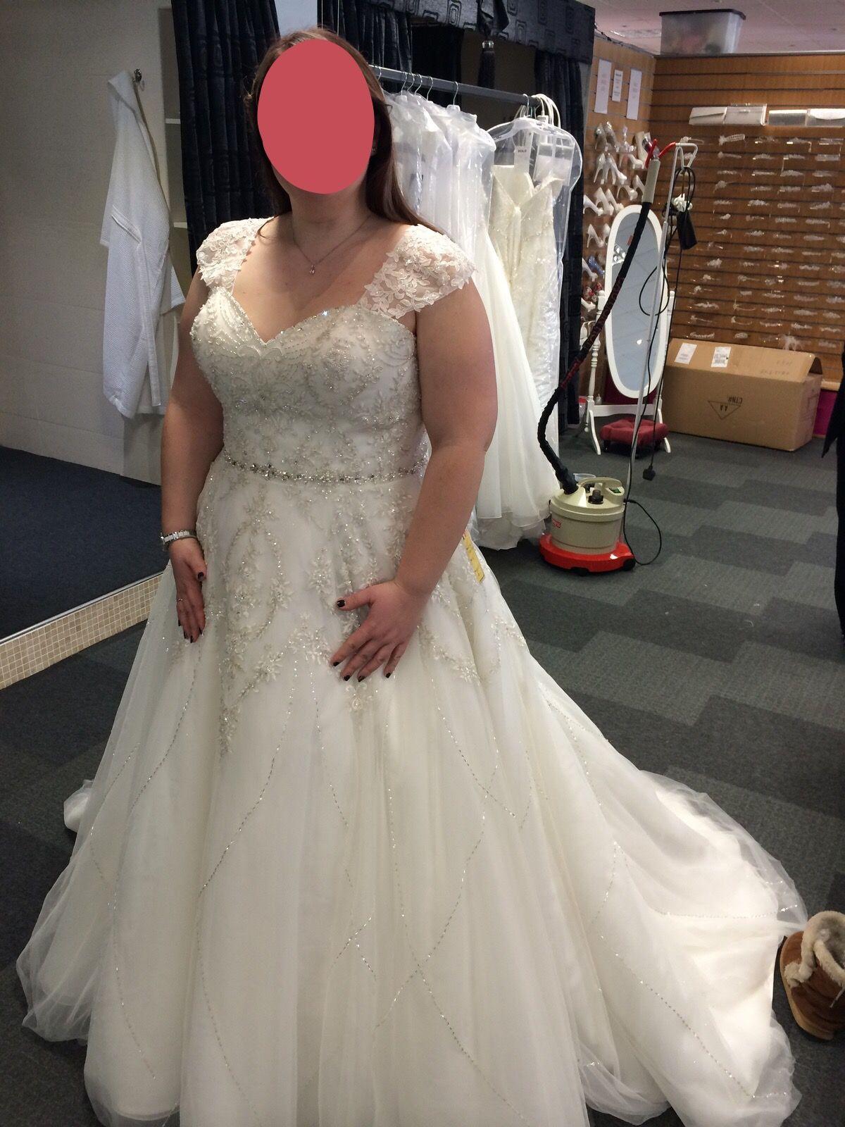 Alfred Angelo Tiana Style 246 Brides Weddingbee Bride Wedding Dresses Bridal Preparation [ 1600 x 1200 Pixel ]