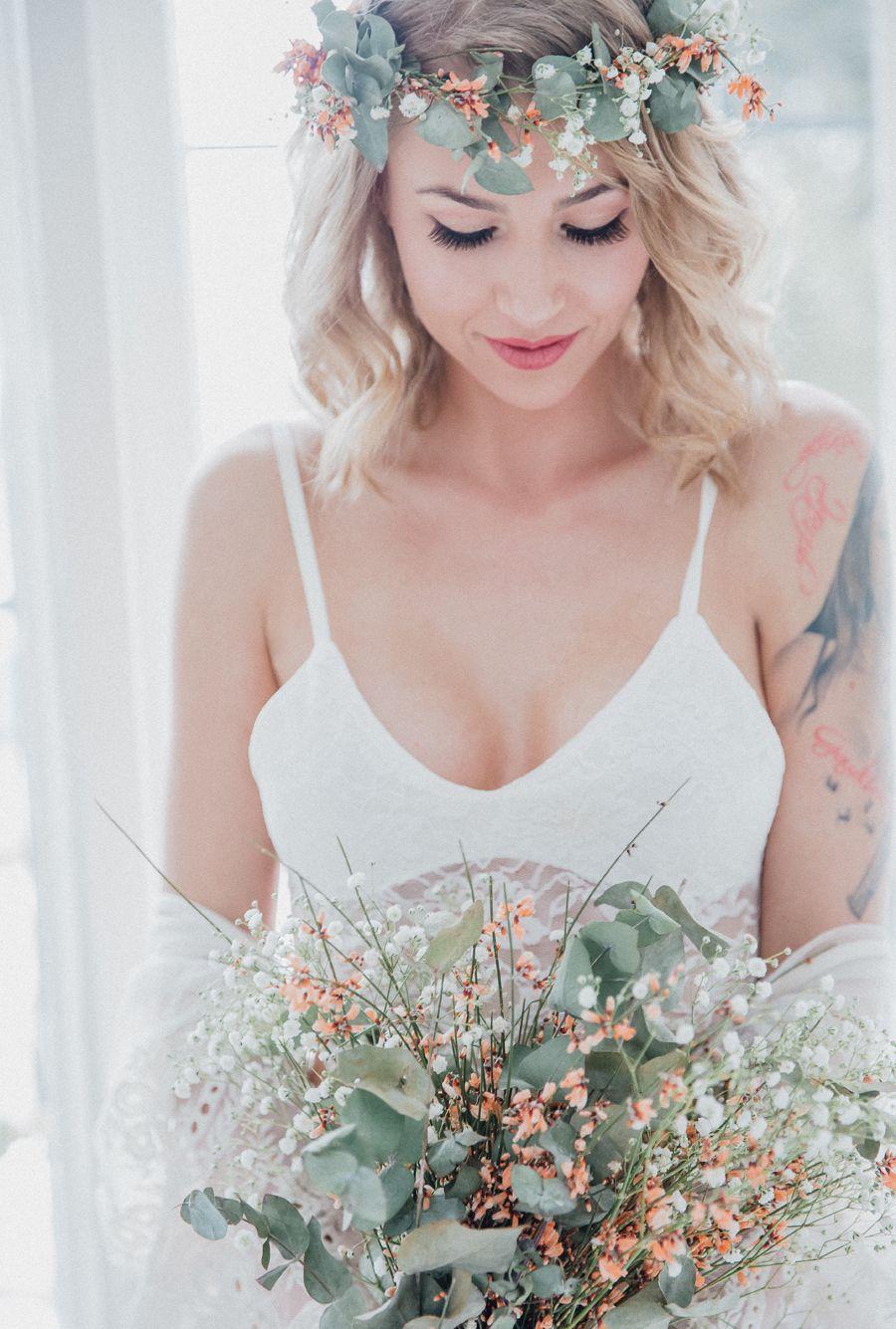 Boudoir Mit Schleierkraut Boudoir Wedding Boudoir Wedding Dresses